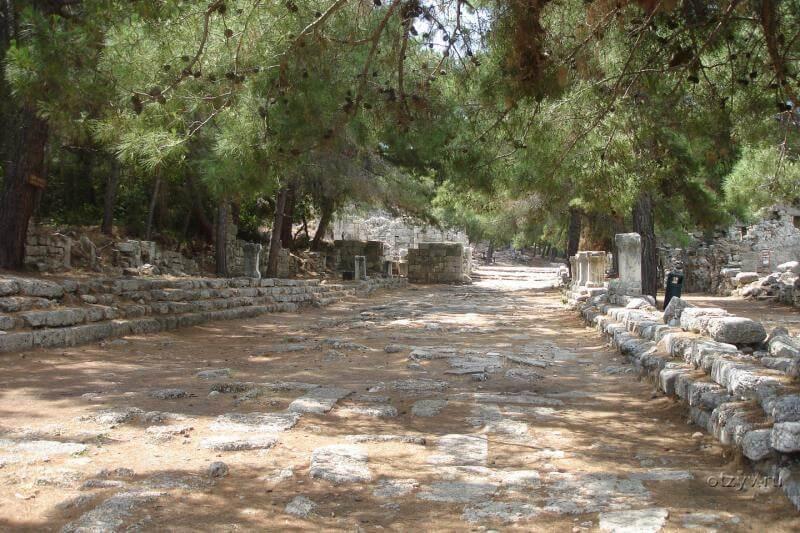 Главная улица Фазелиса