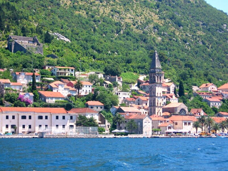 Пераст Черногория, вид с катера
