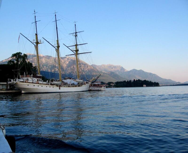 порт города Тиват