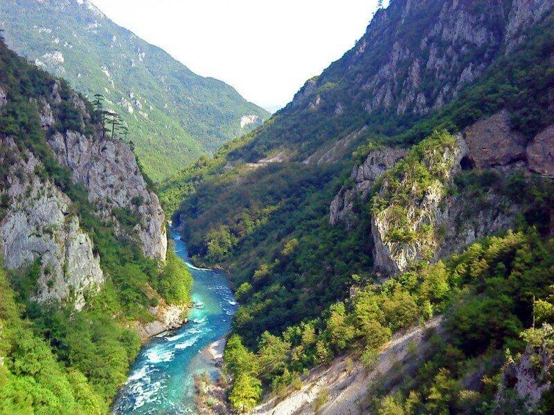 Река Морача Черногория