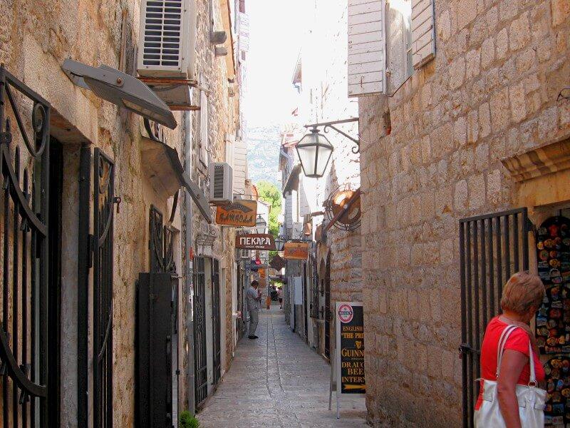 Улицы Старого города Будвы