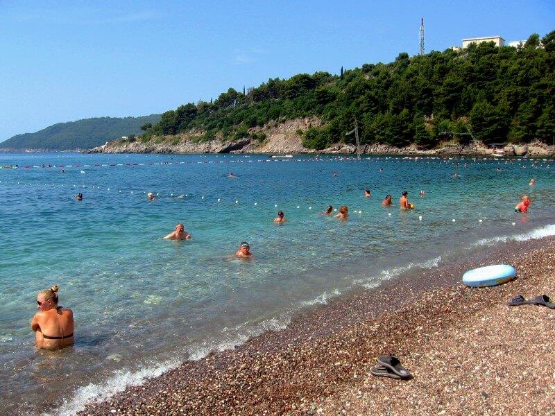 Пляж Бечичи лазурная вода