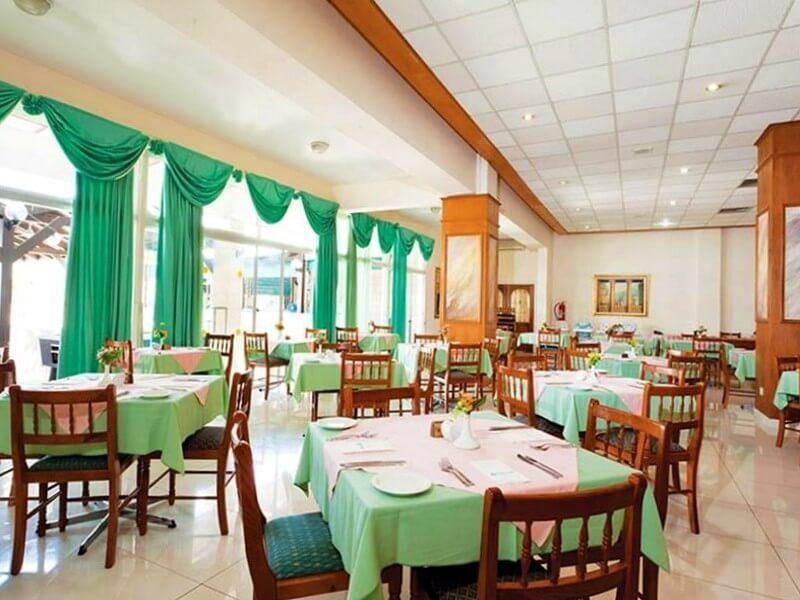 Ресторан отеля Поликарпия