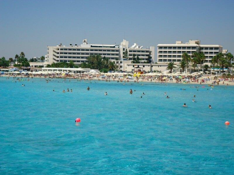Айя-Напа пляж Нисси Бич Кипр