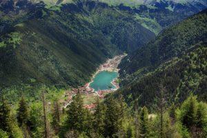 плато и озеро Узунгёль турция