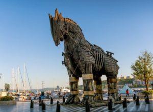 троянский конь в Чанаккале Турция