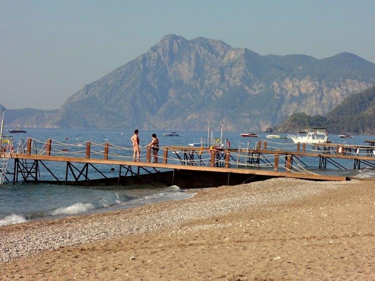 пляж в Текирова