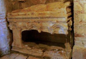 саркофаг Николая Чудотворца